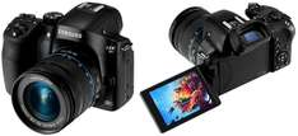 Systemkamera Samsung NX30 mit 18-55 mm-Objektiv für 555,90 € - 28% Ersparnis