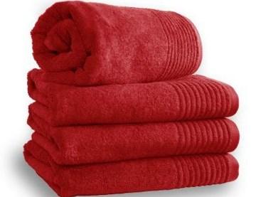 Mömax: Marken Hand- und Duschtücher ab 3,99 € inkl Versand - bis zu 60% sparen