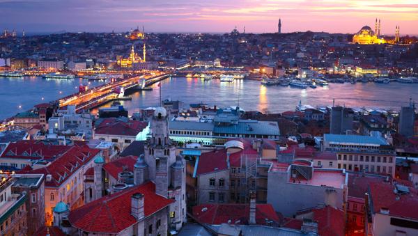 Flugschnäppchen: Nach Istanbul und wieder zurück ab 80 € - u.a. mit Abflug in Berlin, Wien & Zürich