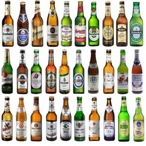 Bier-Set: 25 verschiedene Biersorten + 2 Maßkrüge für 29,95 € (Gutschein des Tages)