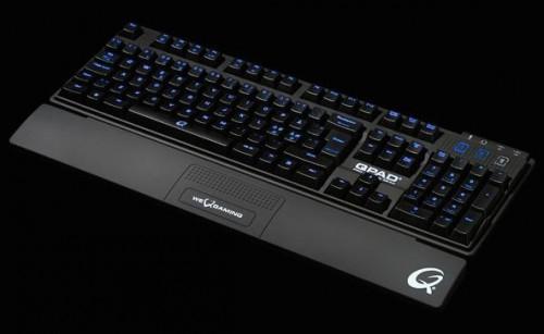 QPAD MK-80 Pro Gaming Tastatur (französiche Ausführung - AZERTY) für 79,95 € - 22% Ersparnis