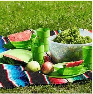 [druckerzubehoer.at] Picknick-Set 26-teilig + 2 Gratisartikel für 9,96€ - 46% Ersparnis