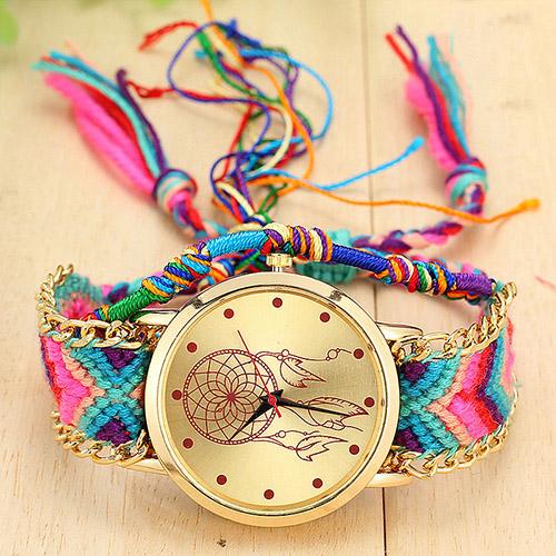 Dreamcatcher Armbanduhr mit buntem geflochtenen Armbänder für 13,29€ und versandkostenlos