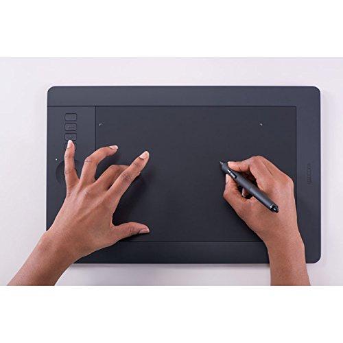 Wacom Intuos Pro Wireless Grafik-Tablett, Größe M, im Softwarebundle 64% gespart