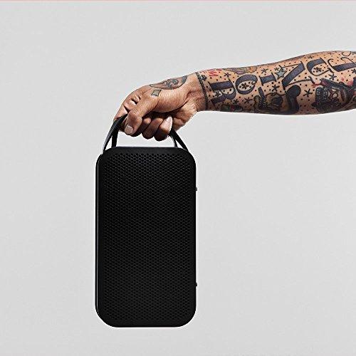 Amazon: Bang & Olufsen Play BeoPlay A2 portabler Bluetooth Lautsprecher (schwarz) für 199€