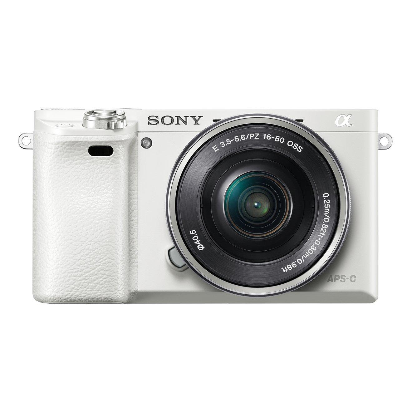 Amazon-Deal des Tages: Sony Alpha 6000 Systemkamera (weiß) mit SEL-P1650-Objektiv für 533,45 Euro