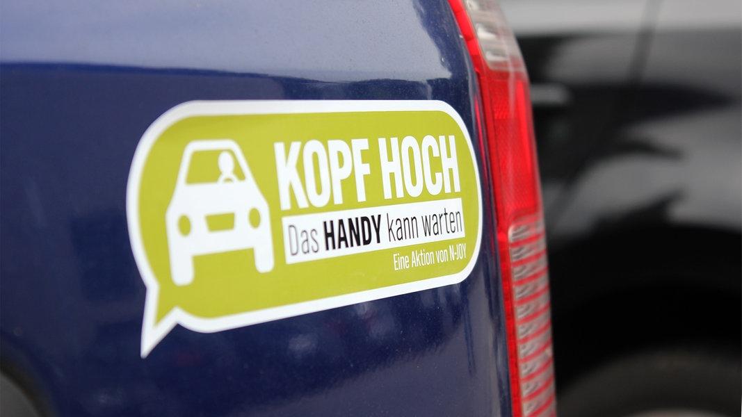 """Aktion Sicherheit: """"Kopf hoch""""-Auto-Aufkleber GRATIS"""