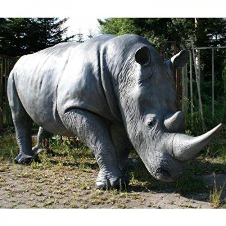 GIGANTISCHES lebensgroßes Nashorn