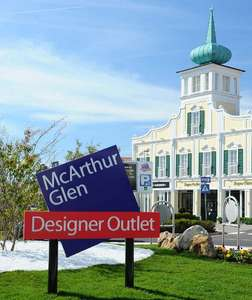 Designer Outlet Parndorf: Late Night Shopping am 24.8.2017