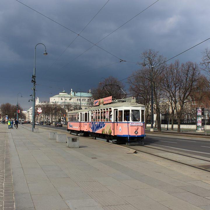 (Wien Tipp) Manner Straßenbahn - kostenlose Fahrt + gratis Manner Food