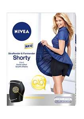 Amazon Plus: Nivea Q10 Shorty Straffende + Formende Shorts (Größe S-M)