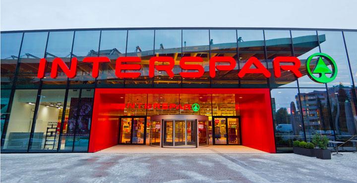 Freitag, der 13te April 2018 gratis (Glück): Weine in INTERSPAR-Hypermärkten verkosten