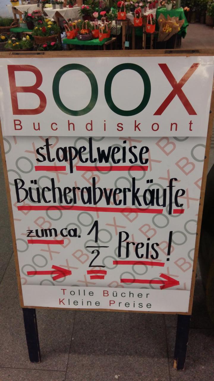 Circa minus 50 Prozent auf Taschenbücher, Kinderbücher etc: BOOX Museumsquartier-Passage in Wien