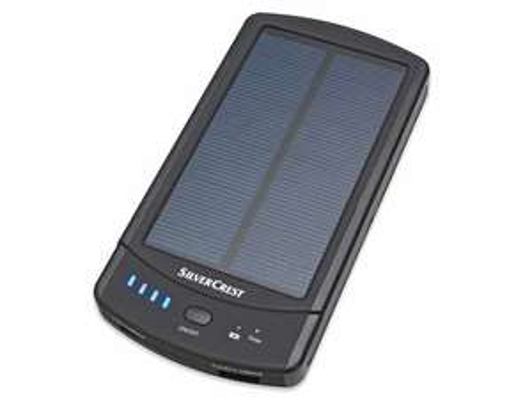SILVERCREST® Powerbank mit Solarladefunktion