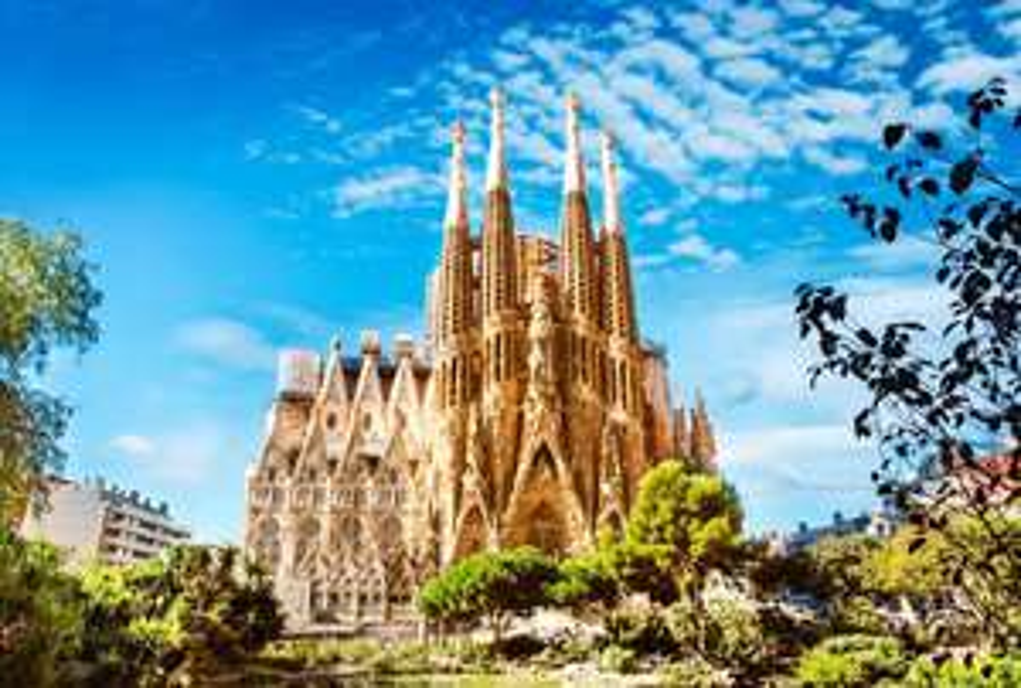 BARCELONA STÄDTETRIP  3 Tage inkl. 4 Sterne Hotel an der Sagrada Familia & den Flügen