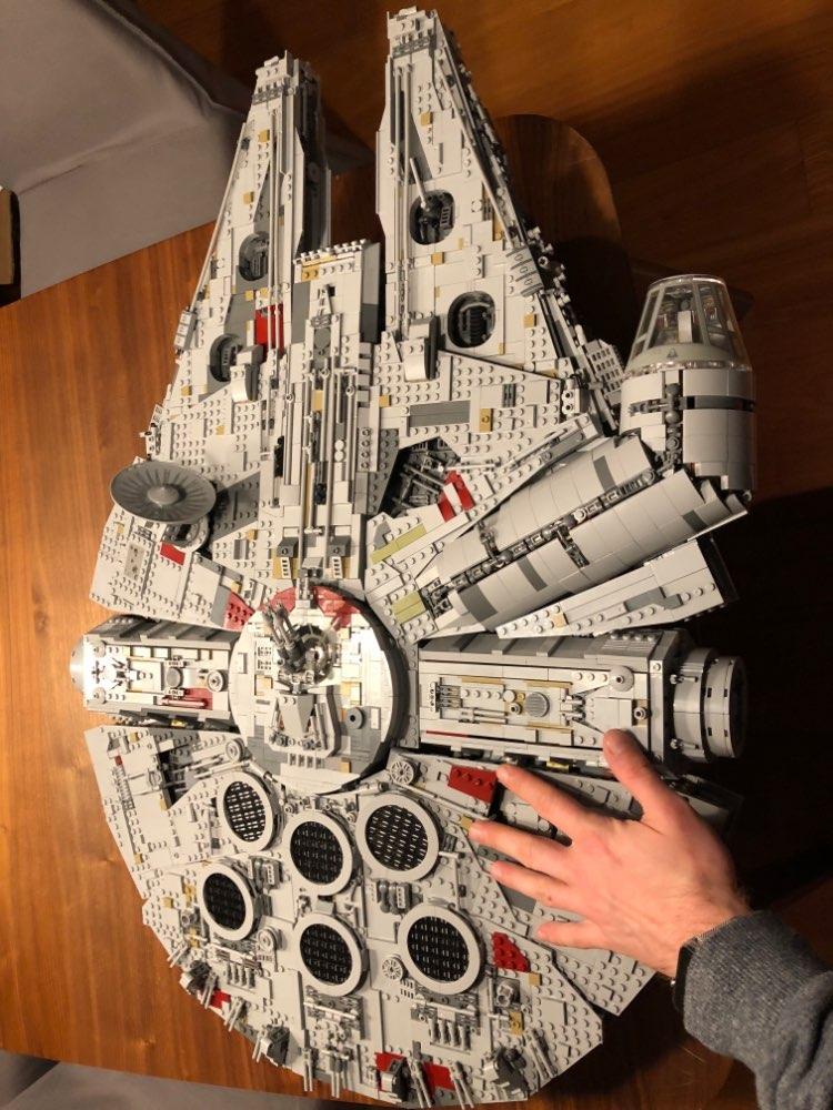[Aliexpress] Preisfehler Lepin Star Wars Millennium Falcon  (8500 Bauteile)