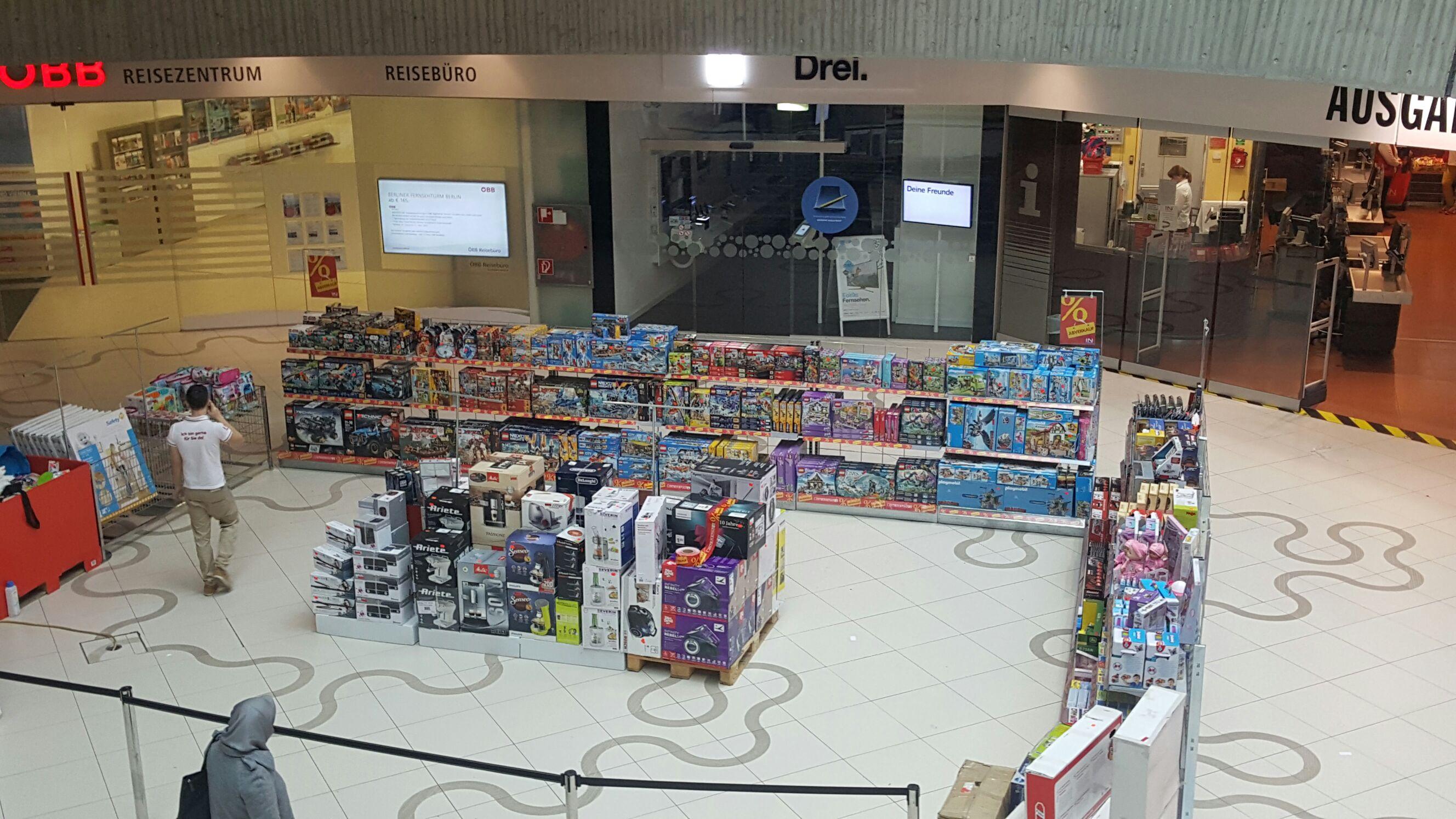 [Interspar Wien Mitte] Spielwaren Abverkauf (LEGO, Playmobil, usw.) ALLE Lego & Playmobil Artikel günstiger als bei Geizhals. // Auch Online