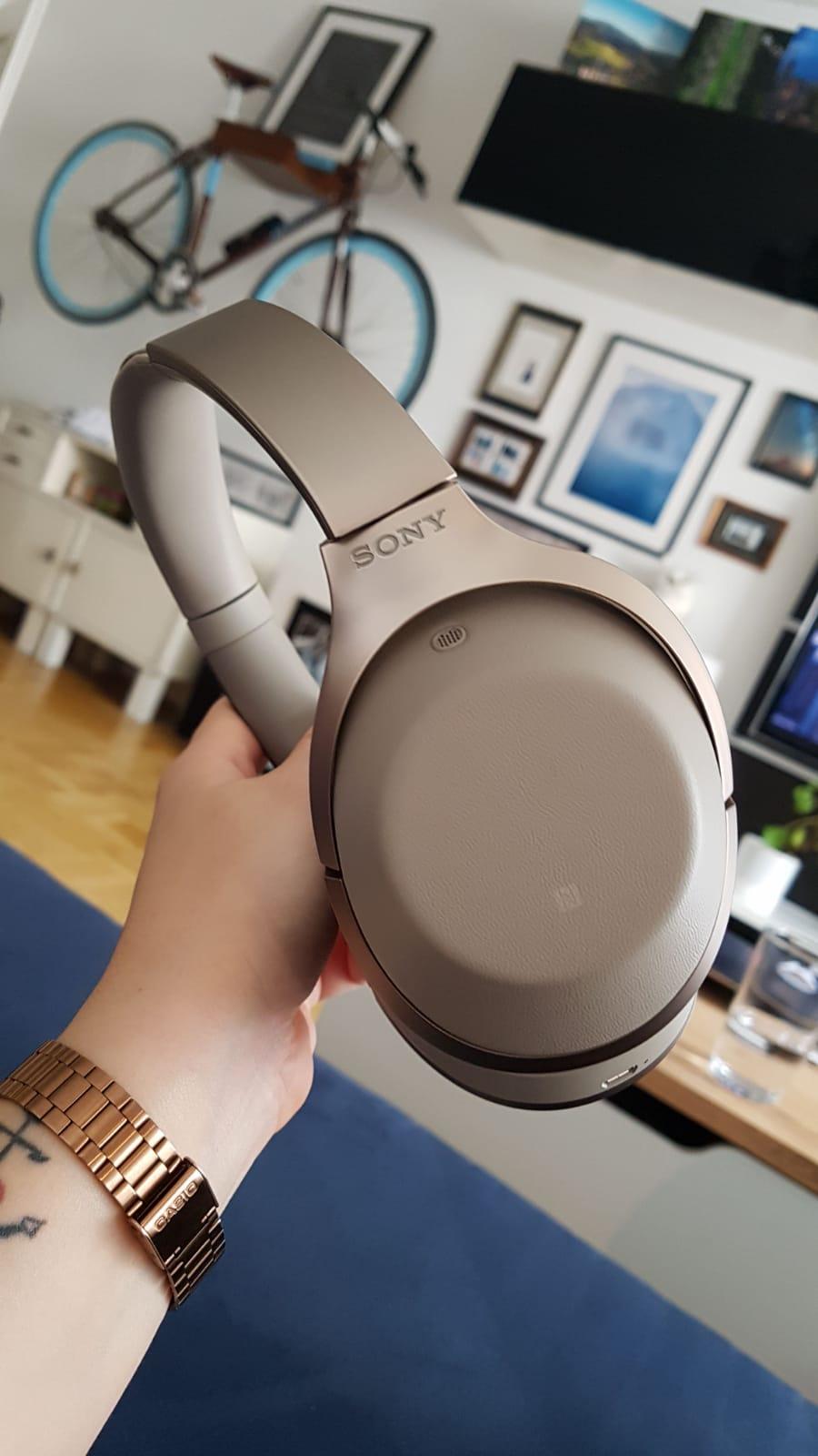 Sony - MDR1000X (vor-vorgänger vom WH-1000XM3) - Amazon.it Warehouse