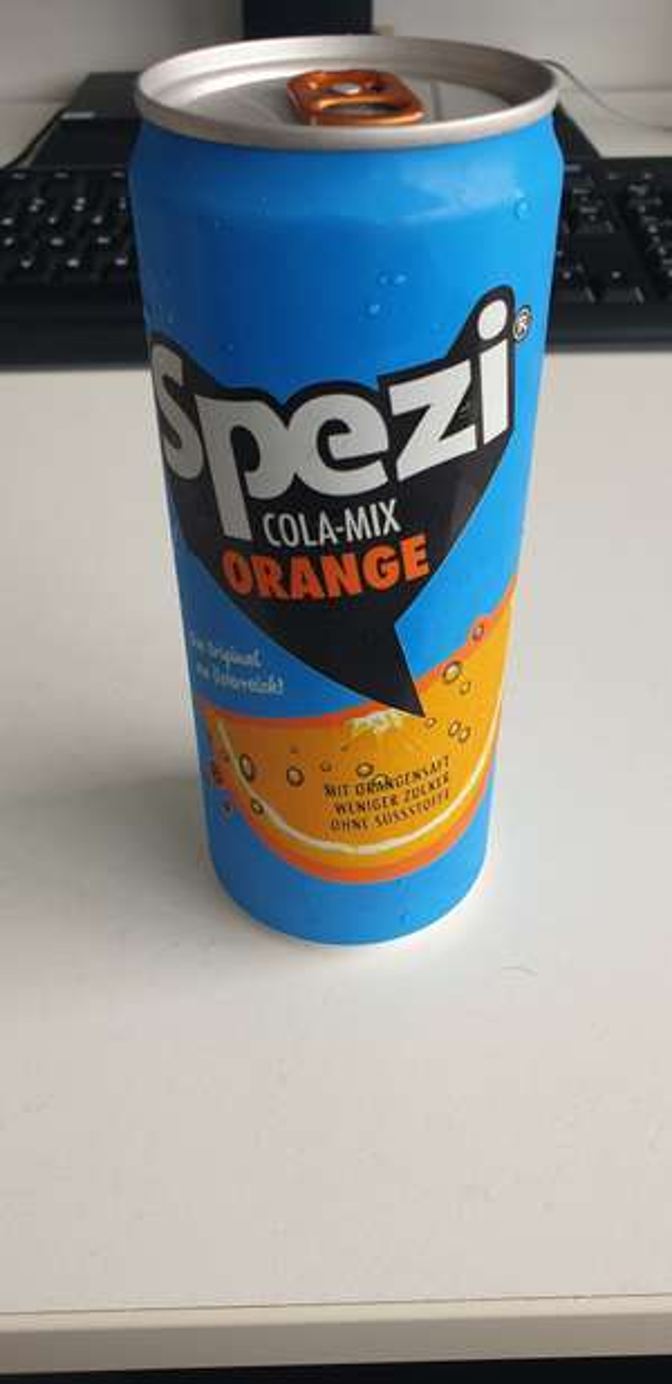 Gratis 0,33l Spezi (Orange/Zitrone) @ Millennium City vor dem Merkur