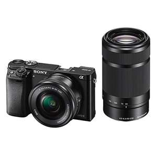 Sony Alpha 6000 mit Objektiv 16-50mm & 55-210mm