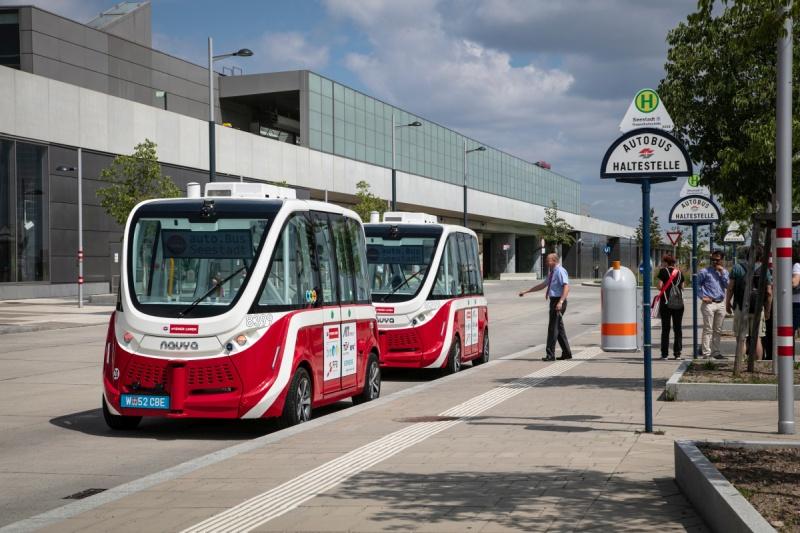 (Wiener Linien - Wien Aspern) GRATIS E-Bus fahren