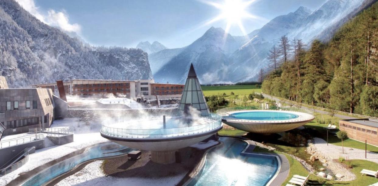 Kurzreise ins 4*S AQUA DOME Hotel & Themenresort + eine Übernachtung