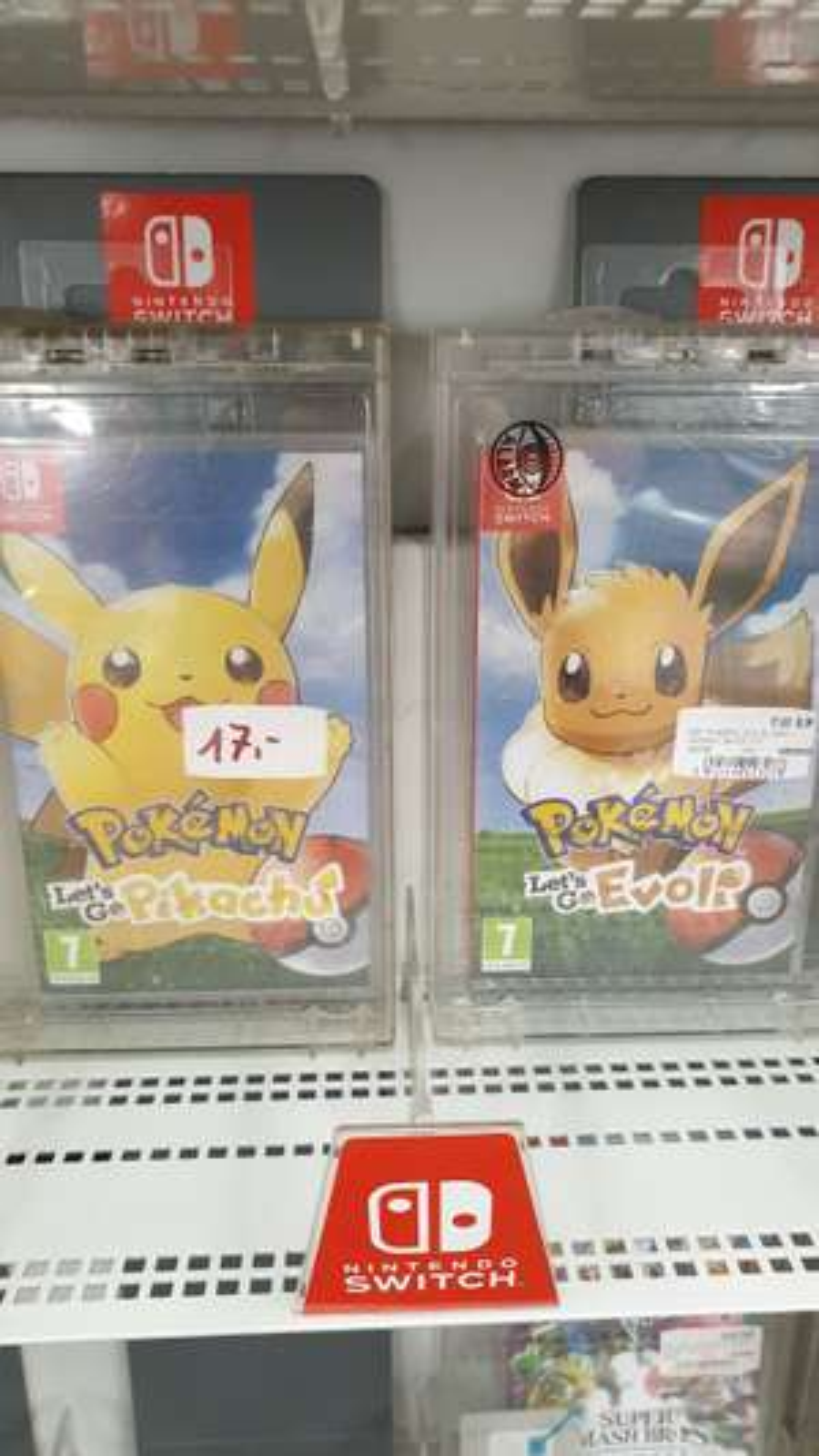 LOKAL Pokemon Let's Go Pikachu/Evoli im Media Markt Hietzing