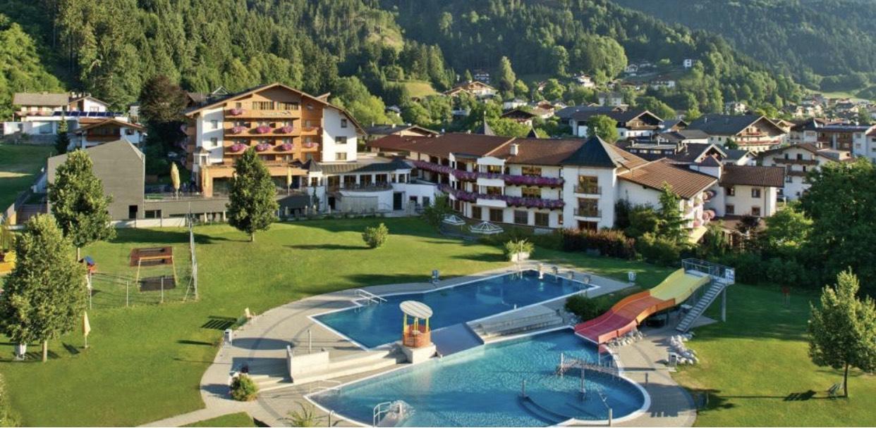 4*S Hotel Schwarzbrunn in Stans 3 Übernachtungen für 2 Personen