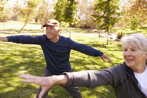 (Wien) GRATIS Yoga im Grünen + gratis Jause – für Pensionisten - bis 19.8.2019