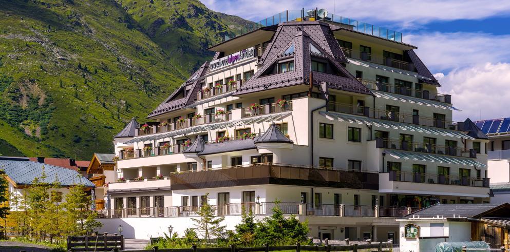4* Hotel Alpenland in Obergurgl (Tirol, Ötztaler Alpen) (2 Personen, 2 Nächte) + Ötztal Premium Card