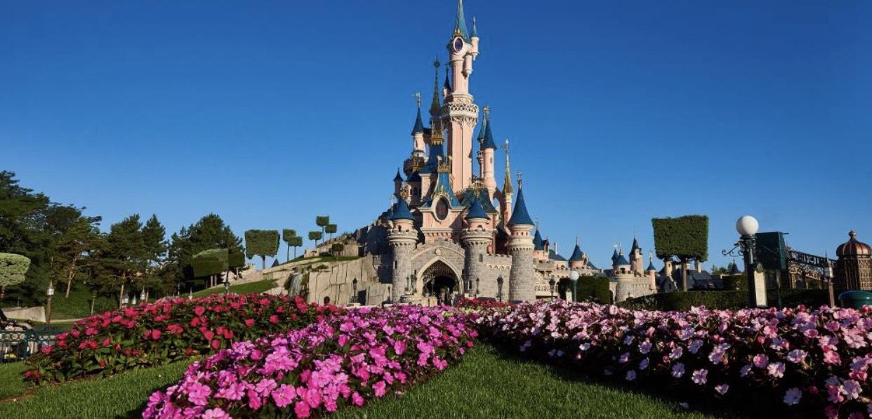 Disneyland Paris mit einer Übernachtung im Disney Hotel pro Person