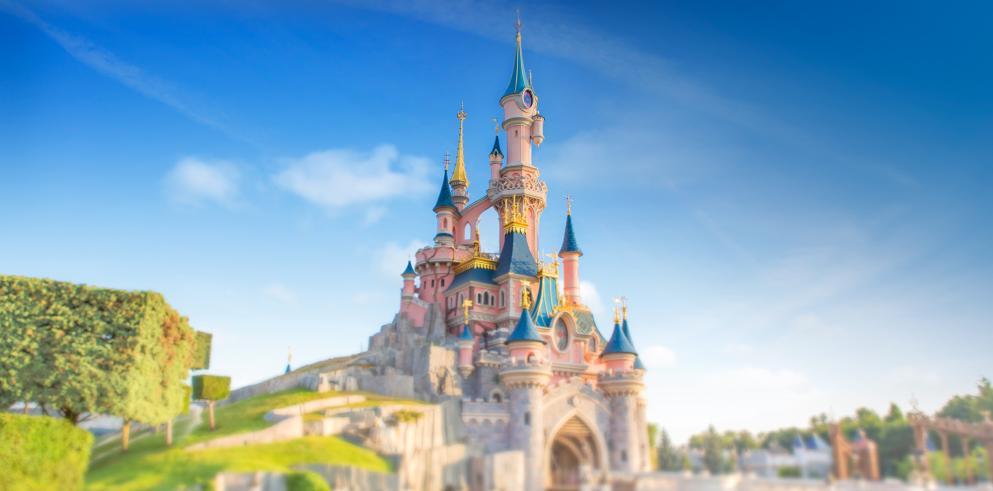 Disneyland Paris mit Übernachtung in einem 4 Sterne Hotel (Preis für 2 Erwachsene + 2 Kinder, 1 Nacht)