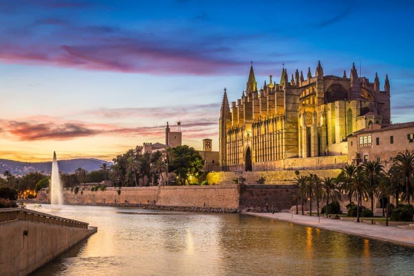 Wien-Mallorca Hin- und Rückflug ab 20€ mit Laudamotion