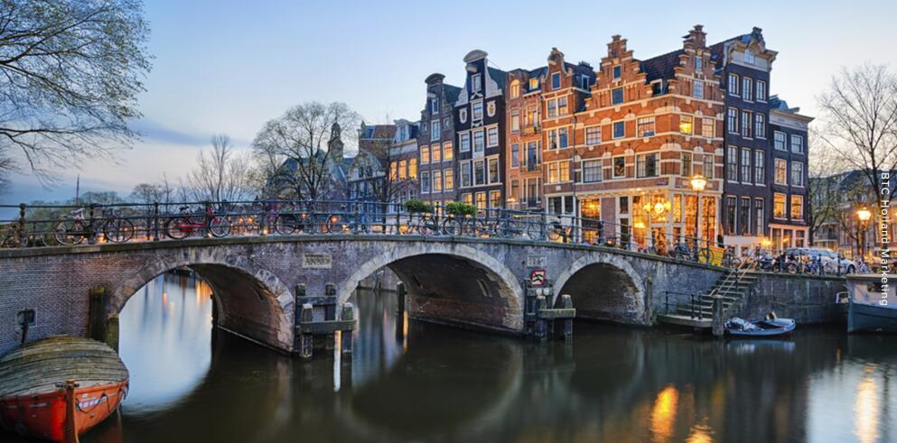 (Händlerdeal) Städtetrip nach Amsterdam - 1 Übernachtung im zentralen 4* Hotel ab 117,30 €