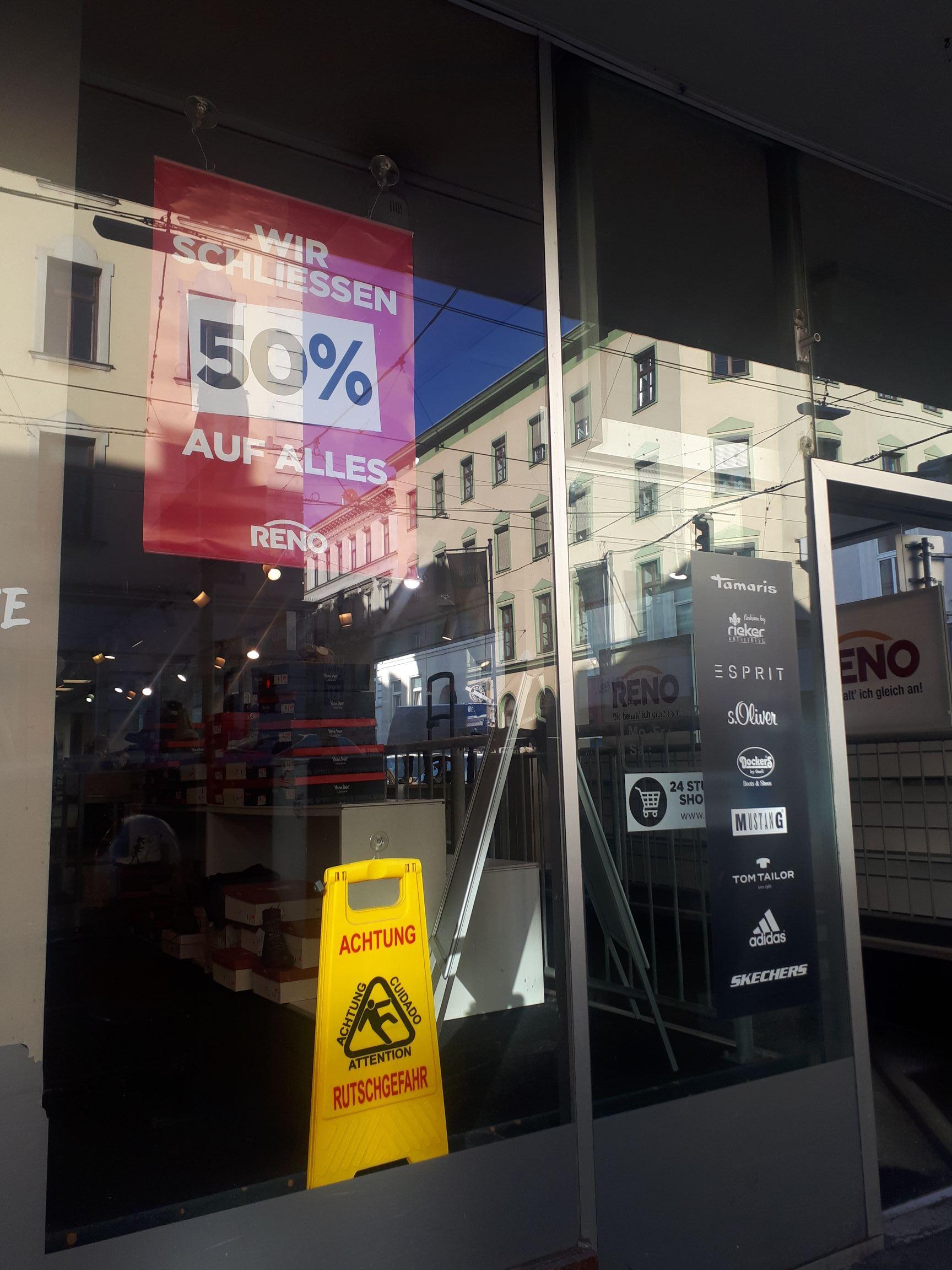 RENO auf der Thaliastraße ALLES - 50 % !!