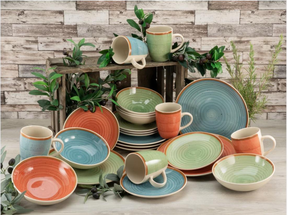 Kombiservice für 6 Personen aus Keramik