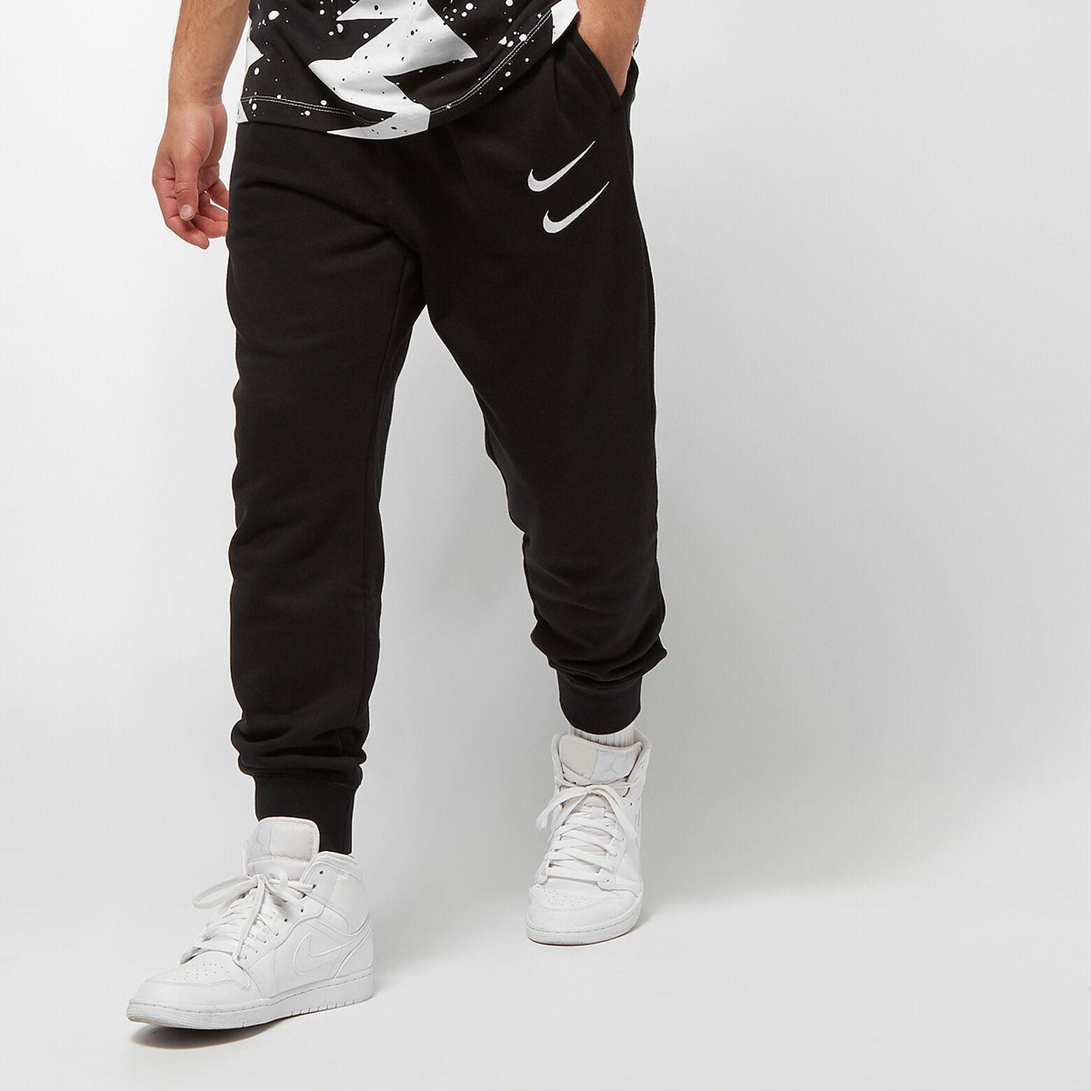 Herren Nike Sweatpants Swoosh schwarz in Größen S,M,L,XL