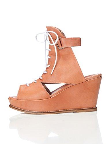 find. Plateau Sandalen Damen aus Leder in Größe 37 um 4,45 Euro, in Größe 40 um 4,99 Euro