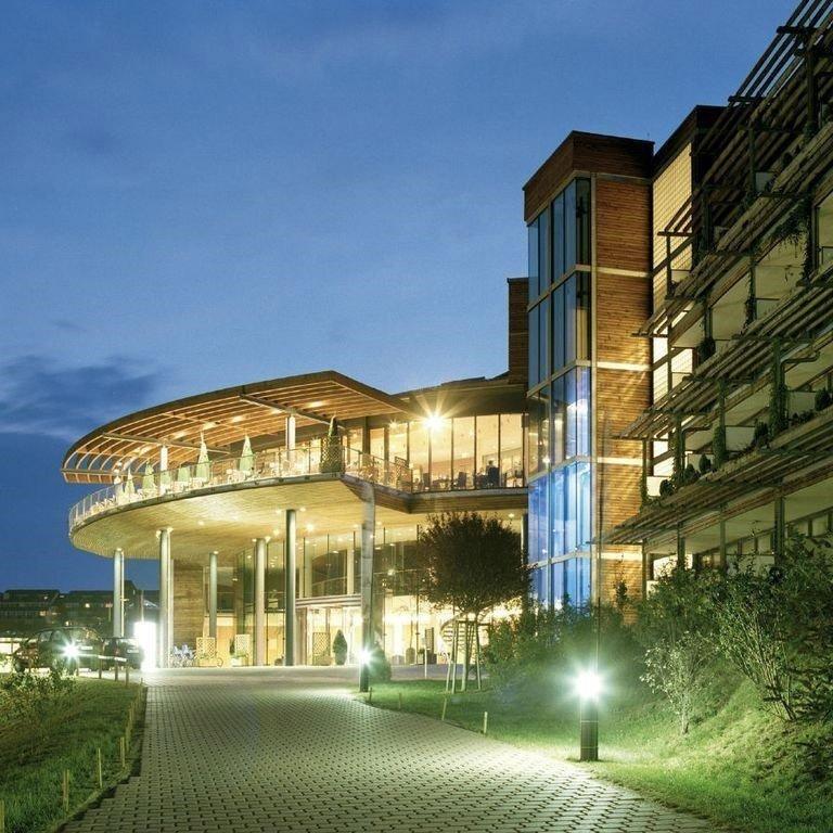 Wellness & Erholung DAS SONNREICH ****, Bad Loipersdorf (3.000 m² Wellness- & Spa Bereich) (bis 2023) 2 Nächte/Frühstück/pro Person 107€