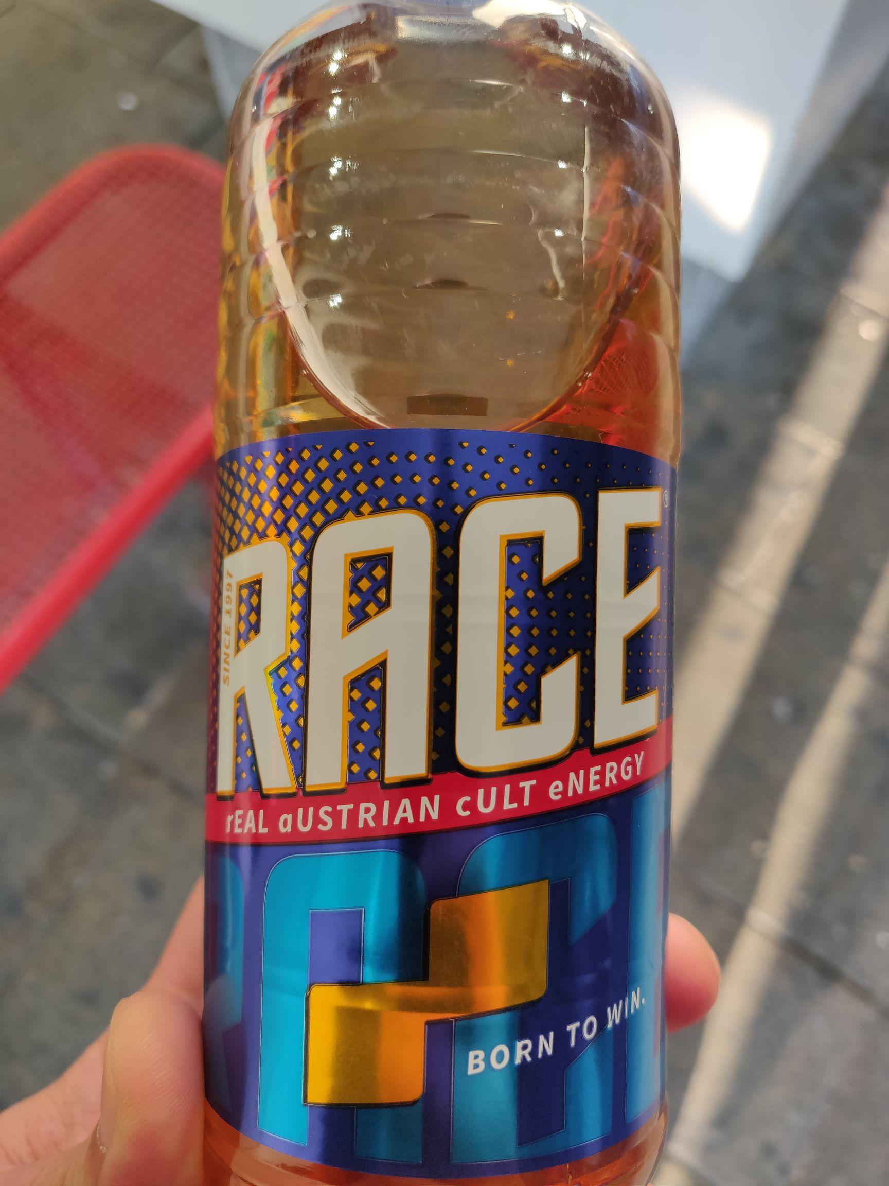 Gratis 0.5L Race Energy Drink