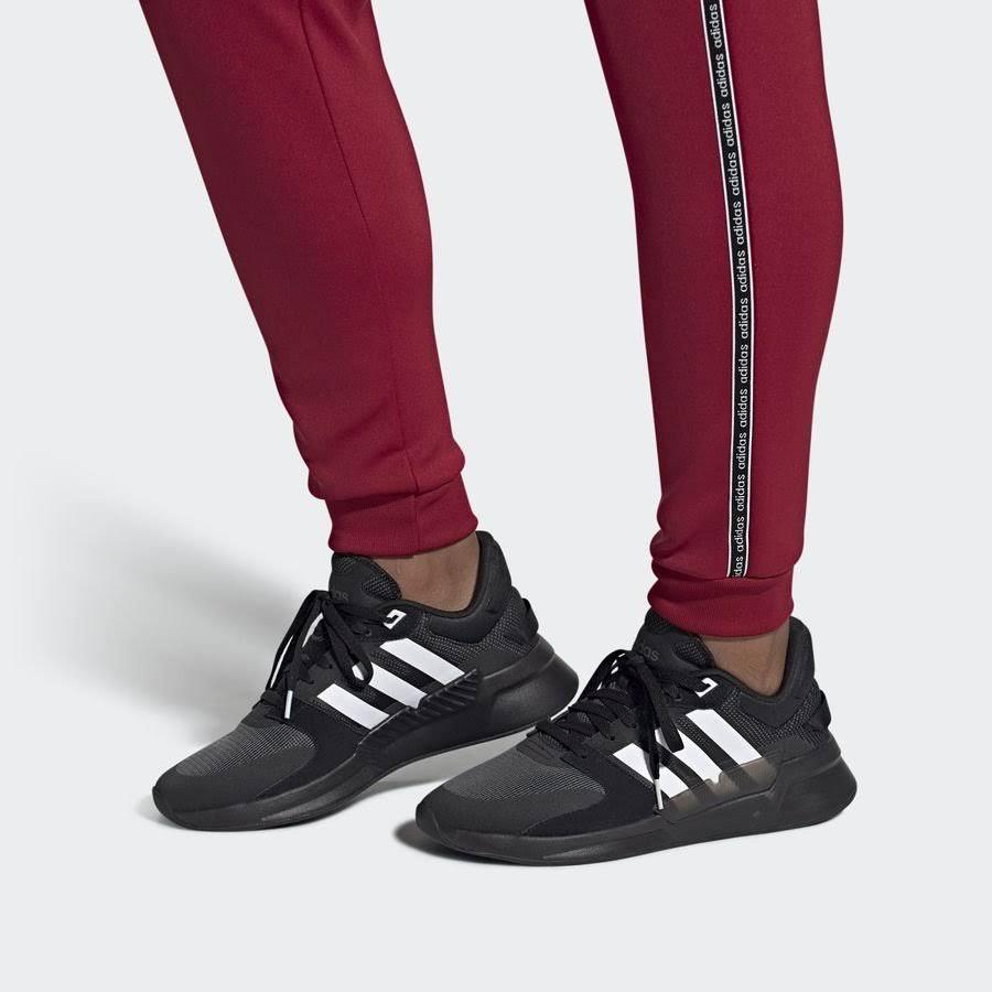 Adidas Run90s Sneaker in fast allen Größen