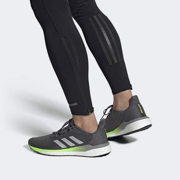 Adidas Solar Drive 19 Laufschuhe in 4 verschiedenen Farben