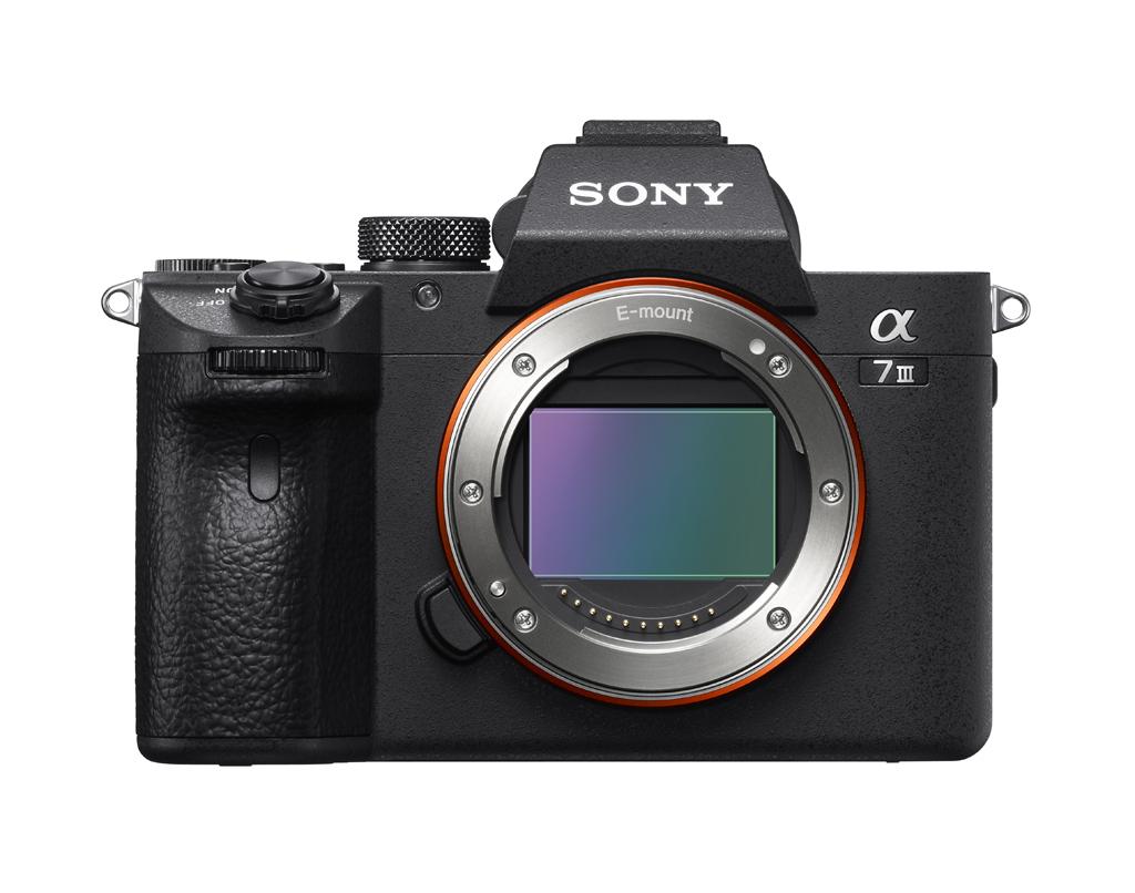 Sony Alpha A7 III Body für 1619,10€ (effektiv 1319,10€)