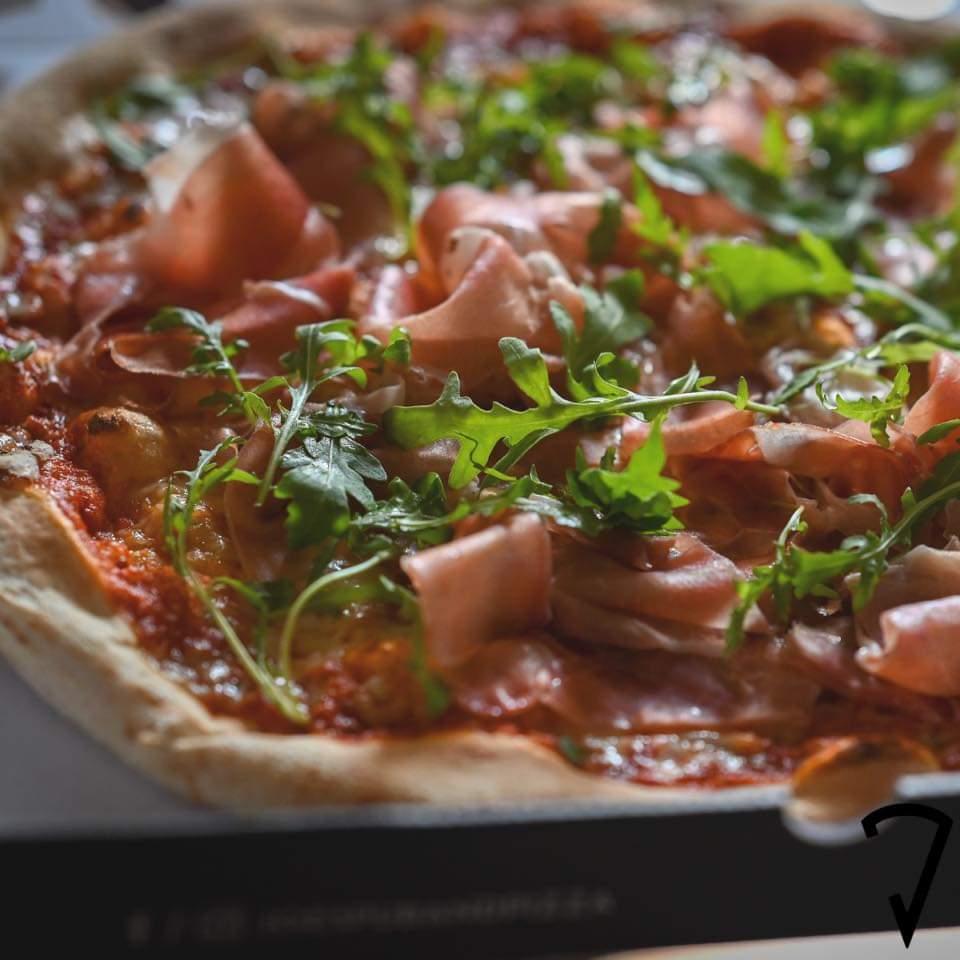 (Joe's Pub und Pizza) gratis Pizza für alle am Faschingsdienstag 1010 Wien