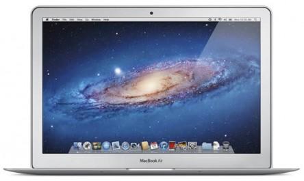 Apple MacBook Air 13″ (MC965) ab 854,05 € durch Gutscheincode - bis zu 21% sparen