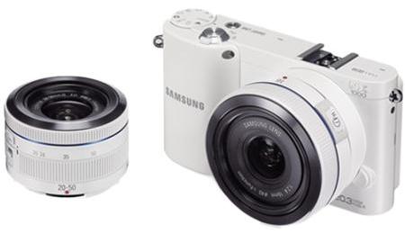 Systemkamera Samsung NX1000 mit 20-50 mm Objektiv und 16 mm Pancake-Objektiv für 400 € statt 527 €
