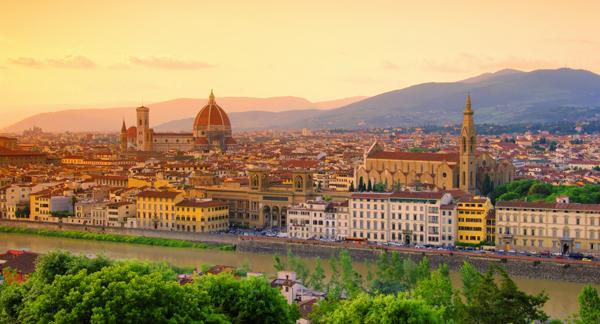 Schnäppchenflüge: mit Air Dolomiti ab München, Frankfurt, Wien und Zürich ab 29 € nach Italien