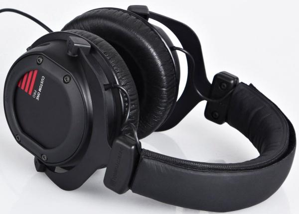 Studiokopfhörer Beyerdynamic Custom One Pro für 149,90 € bei ZackZack - 19% sparen