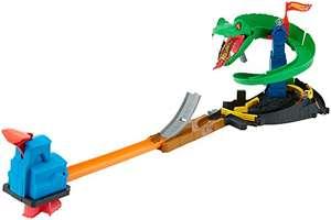Hot Wheels FNB20 - City Kobra Angriff Set, großes Spielset mit Schlange inkl. 1 Spielzeugauto