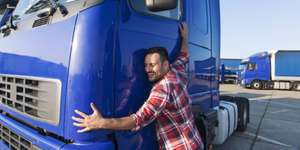 AMS Wien / NÖ / Salzburg: GRATIS LKW-Führerschein für LKW-Fahrer-Berufe